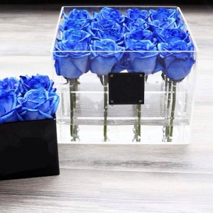 Plexiglass flower gift box