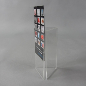 Clear acrylic menu holders with 3 faces